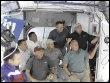 Les membres de la navette Discovery, le 17 mars 2009 (© AFP)
