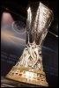 Le trophée de la Coupe de l'UEFA (© AFP/Archives - Nicholas Ratzenboeck)