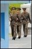 Des soldats nord-coréens montent la garde dans un poste frontière, en juin 2008 (© AFP/Archives - Jung Yeon-Je)