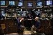Des traders à la Bourse de New York, le 18 mars 2009 (© AFP/Getty Images/Archives - Spencer Platt)
