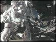 Joseph Acaba travaille dans l'espace le 21 mars 2009 près de l'ISS (© AFP/NASA VIDEO)