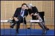 Luc Chatel et Christine Lagarde, le 16 mars 2009 à Paris (© AFP/Archives - Jacques Demarthon)