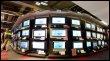 Un magasin de télévisions à Paris (© AFP - Joël Saget)