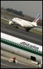 Avions Alitalia et Air France le 18 d�cembre 2007 � Rome (© AFP/Archives - Andreas Solaro)