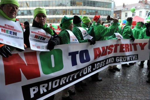 Rassemblement syndical devant la Commission européenne à Bruxelles le 15 décembre 2010 (©  - Georges Gobet)