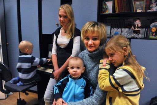 Veronika, mère de quatre enfants et sans emploi, à Tallinn le 12 décembre 2010 (©  - Raigo Pajula)