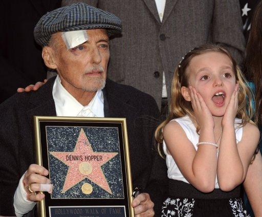 Dennis Hopper et sa fille Galen le 26 mars 2010 à Hollywood (©  - Gabriel Bouys)