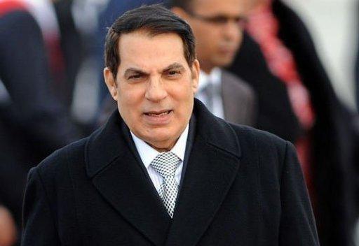 Le président tunisien Zine El Abidine Ben Ali, le 13 décembre 2010 à l'aéroport de Tunis-Carthage (©  - Fethi Belaid)