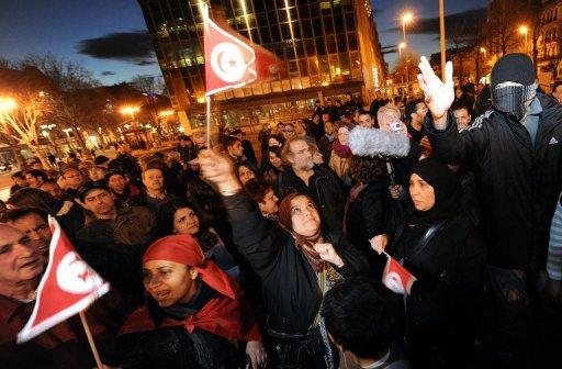Manifestations contre le président tunisien Ben Ali à Marseille, le 12 janvier 2011 (©  - Gerard Julien)