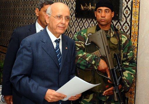 Mohamed Ghannouchi le 17 janvier 2011 à Tunis (©  - FETHI BELAID)