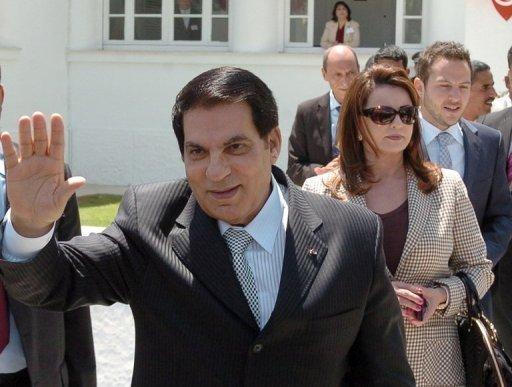 Le président Zine El Abidine Ben Ali, sa femme Leila et son gendre Sakhr Materi, le 9 mai 2010 à Tunis (©  - Fethi Belaid)