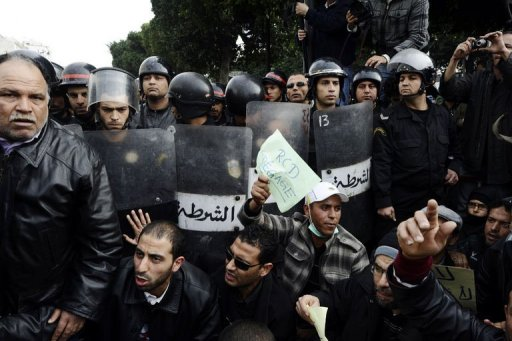 Manifestation à Tunis contre le parti de Ben Ali, le 19 janvier 2011 (©  - Fred Dufour)